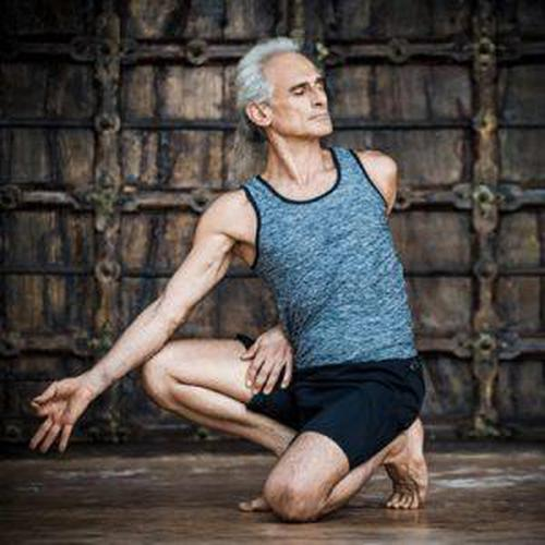 A Living Treasure of Yoga – Simon Borg Olivier
