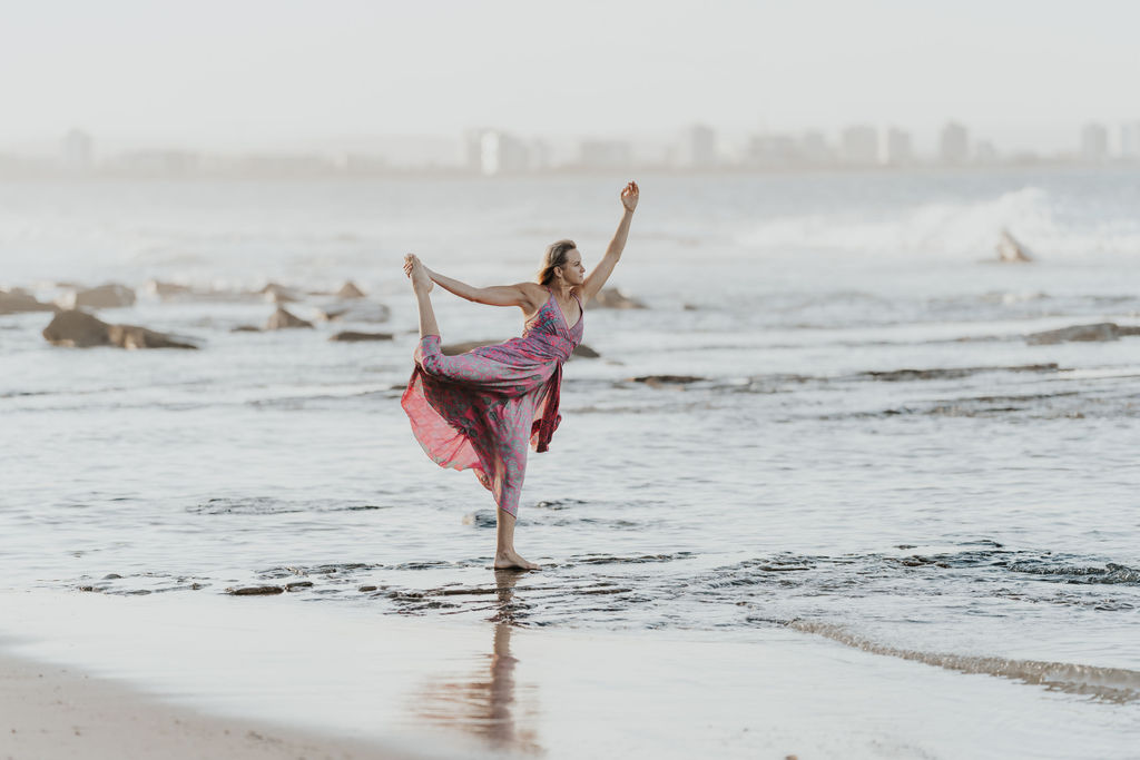 Yoga Tips – Is it ok to wobble in balance yoga poses?